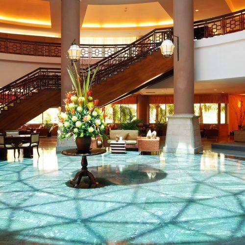 luxury-hotel-lobby